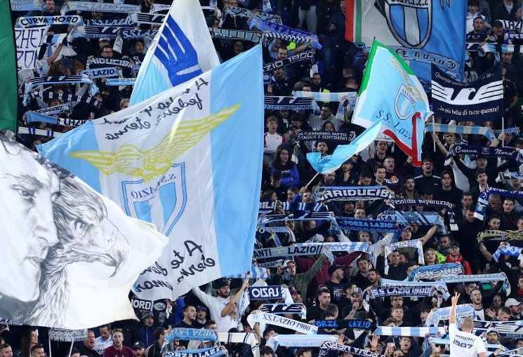 Torcida da Lazio racismo Europa League
