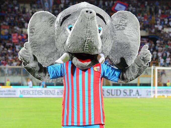 Mascotes do campeonato italiano - Catania Elefante
