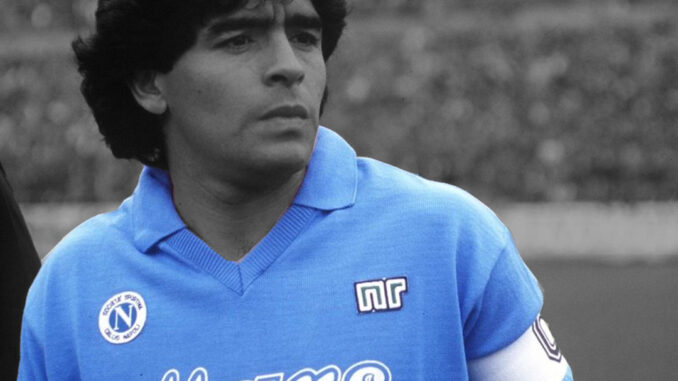 Diego Armando Maradona morreu