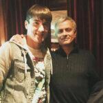 OFICIAL: Roma assina com Shomurodov, talento do Genoa